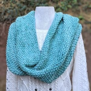 Accessories - 💙 Infinity Winter Scarf #hundredsofscarves